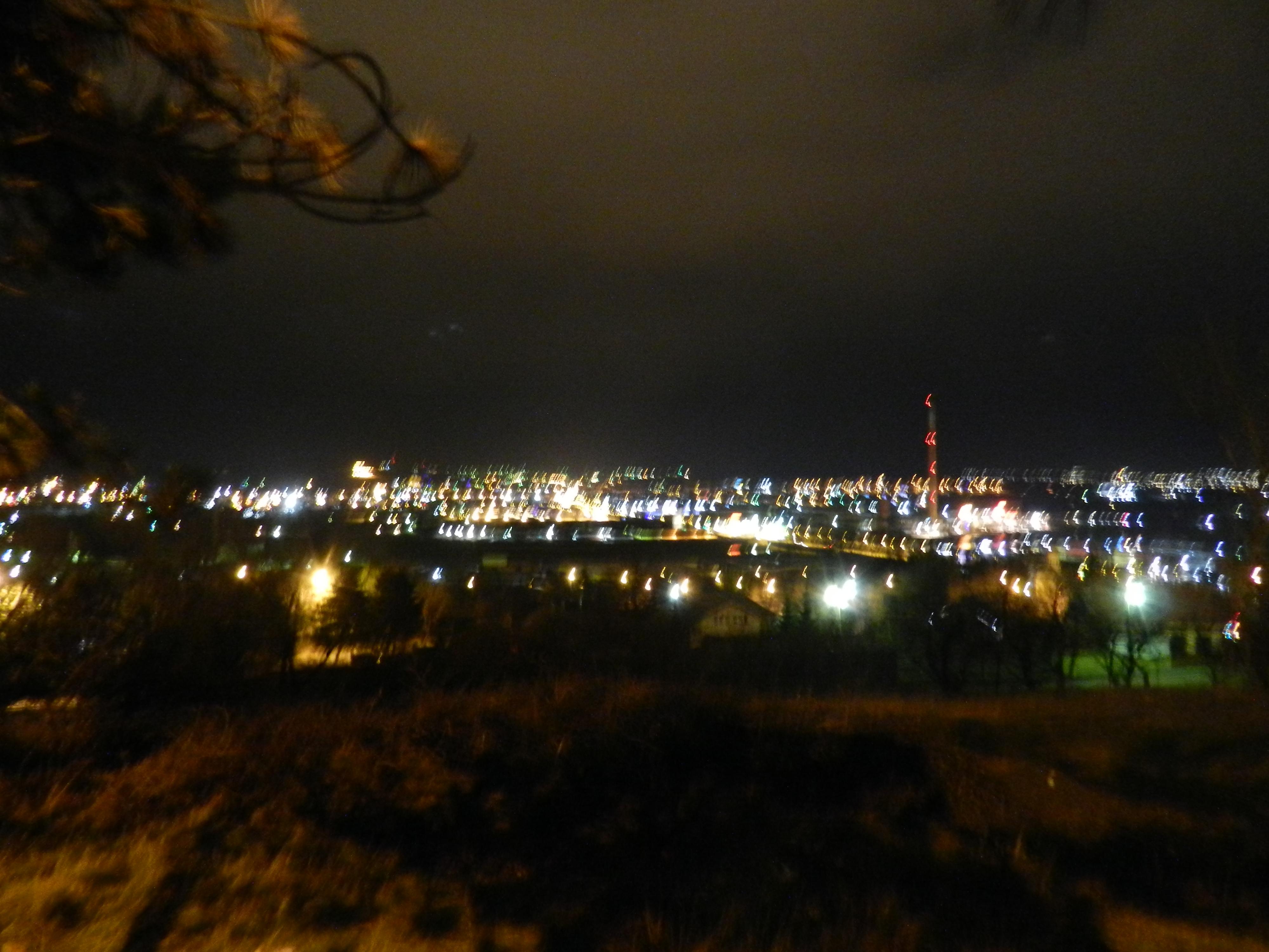 Periferiile Sucevei. Noaptea.