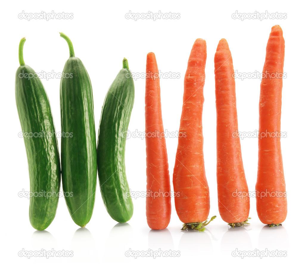 Castraveți și morcovi libanezi.